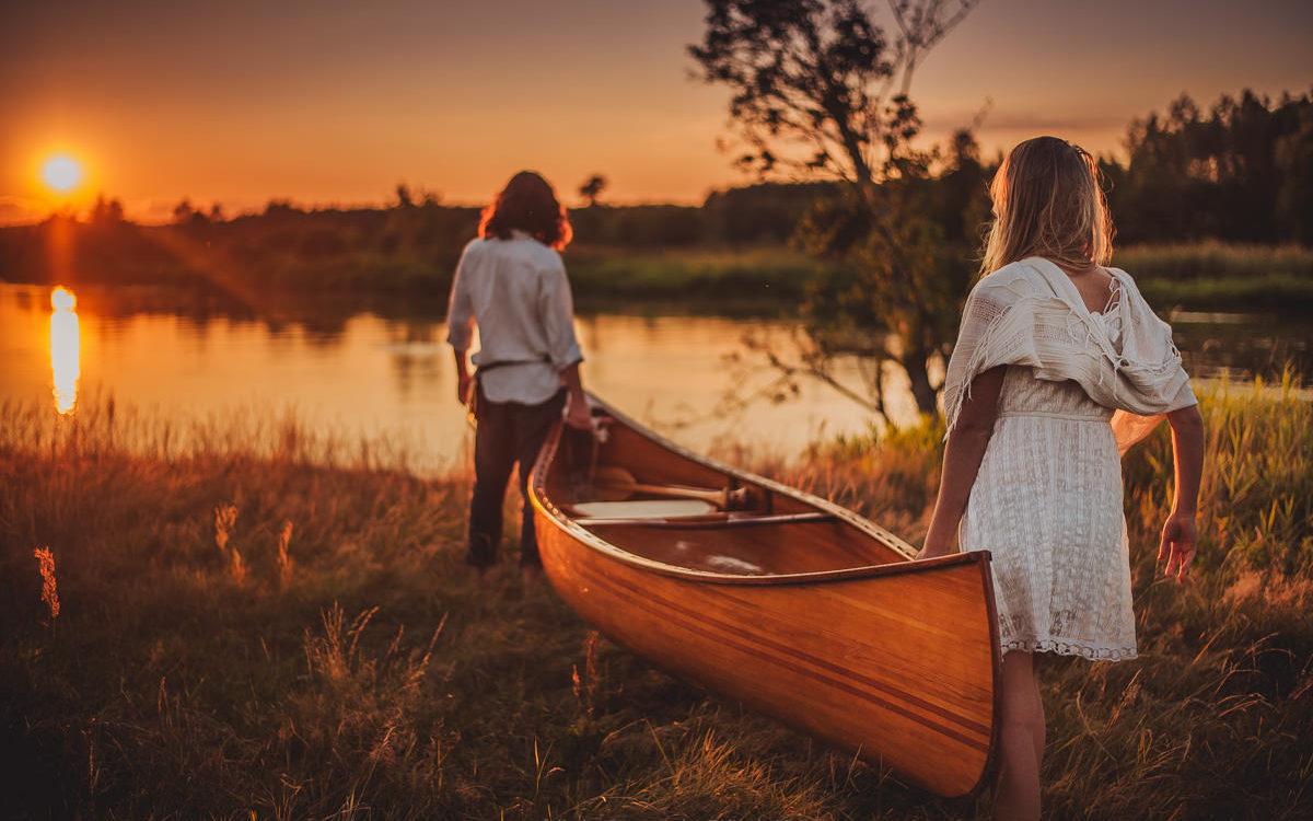 Magda & Michal - Canoe adventure engagement