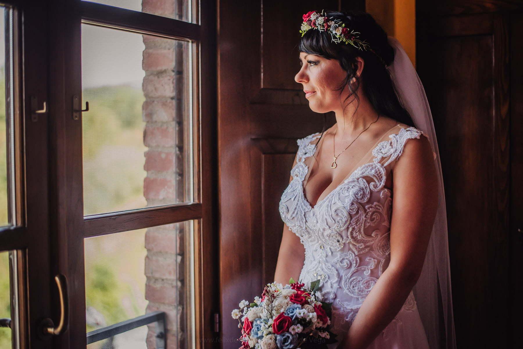portret panny młodej na minutę przed ślubem we włoszech
