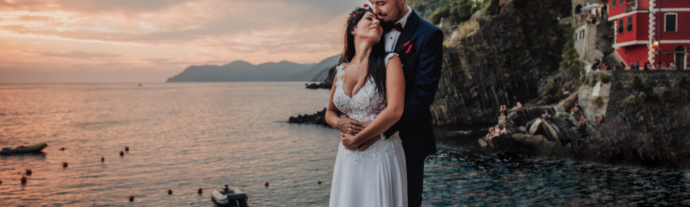 intimate wedding in Cinque Terre captured by destination wedding photographer Italy