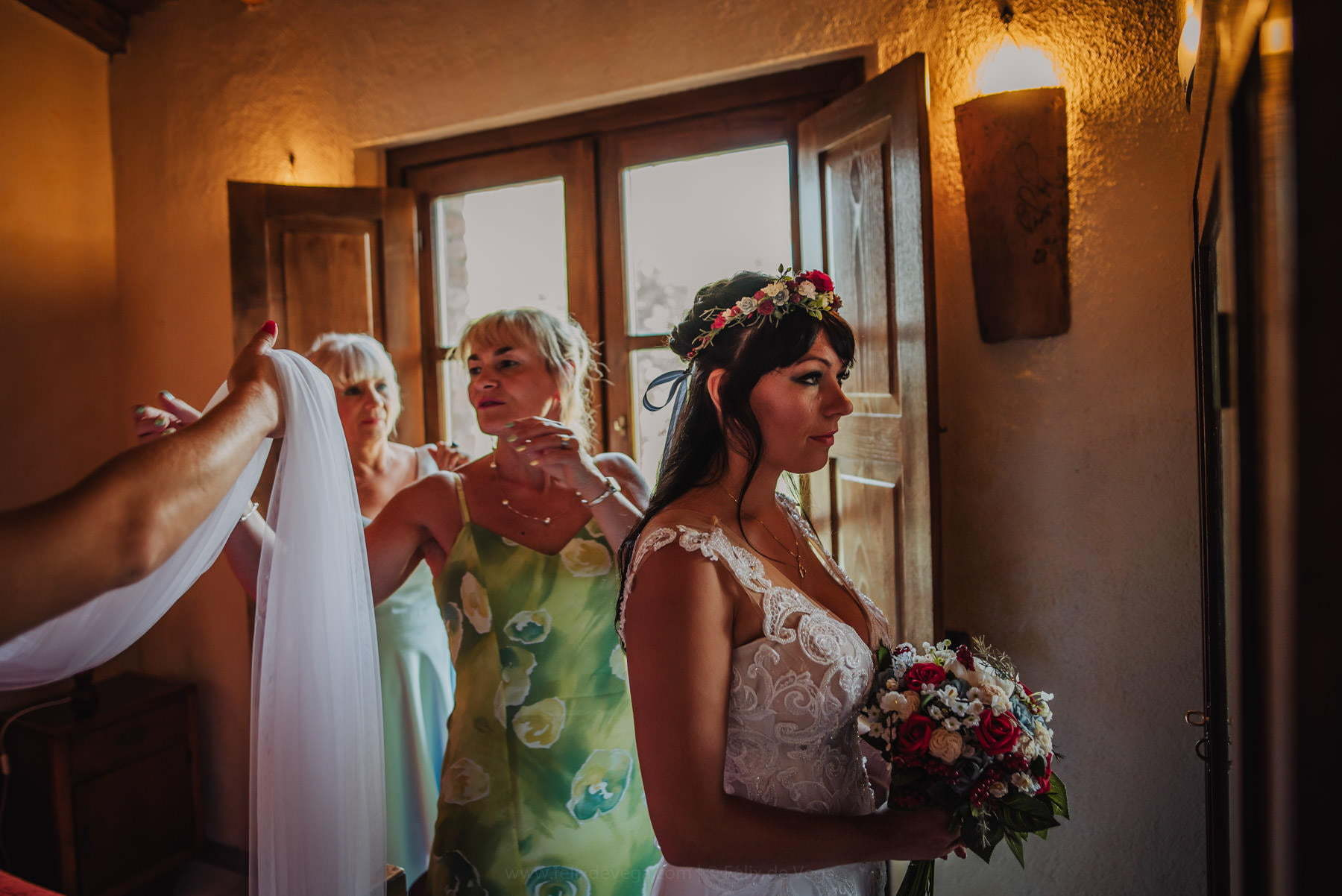 bride preparing to intimate wedding on Italian riviera