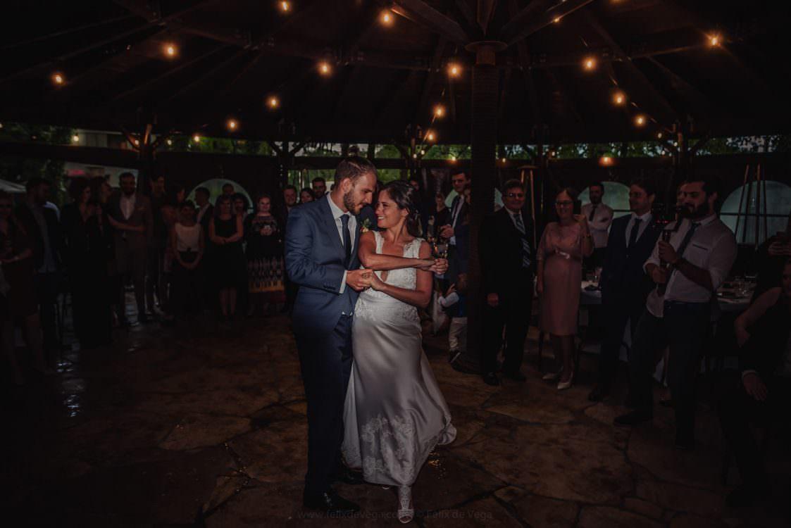 Livia & Michal .  A Brazilian Polish Wedding in Cracow, Poland